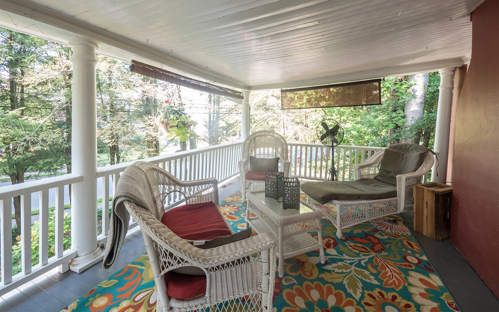 Taylor-Epworth-Suite-private-porch-2