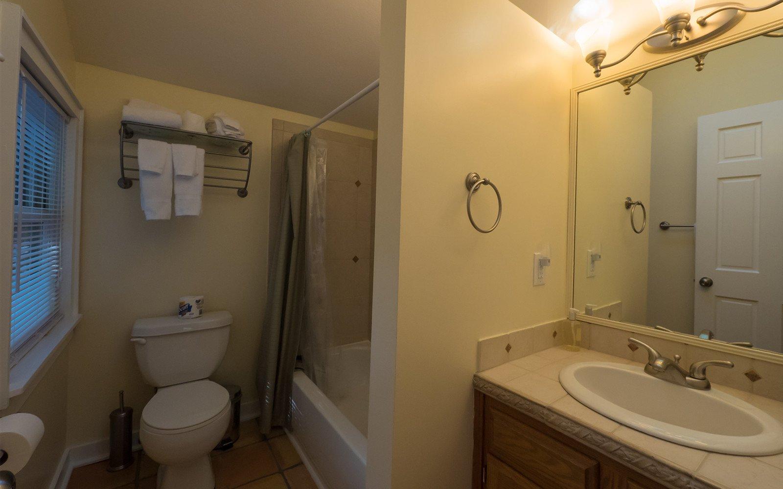 Bungalow-bathroom-1