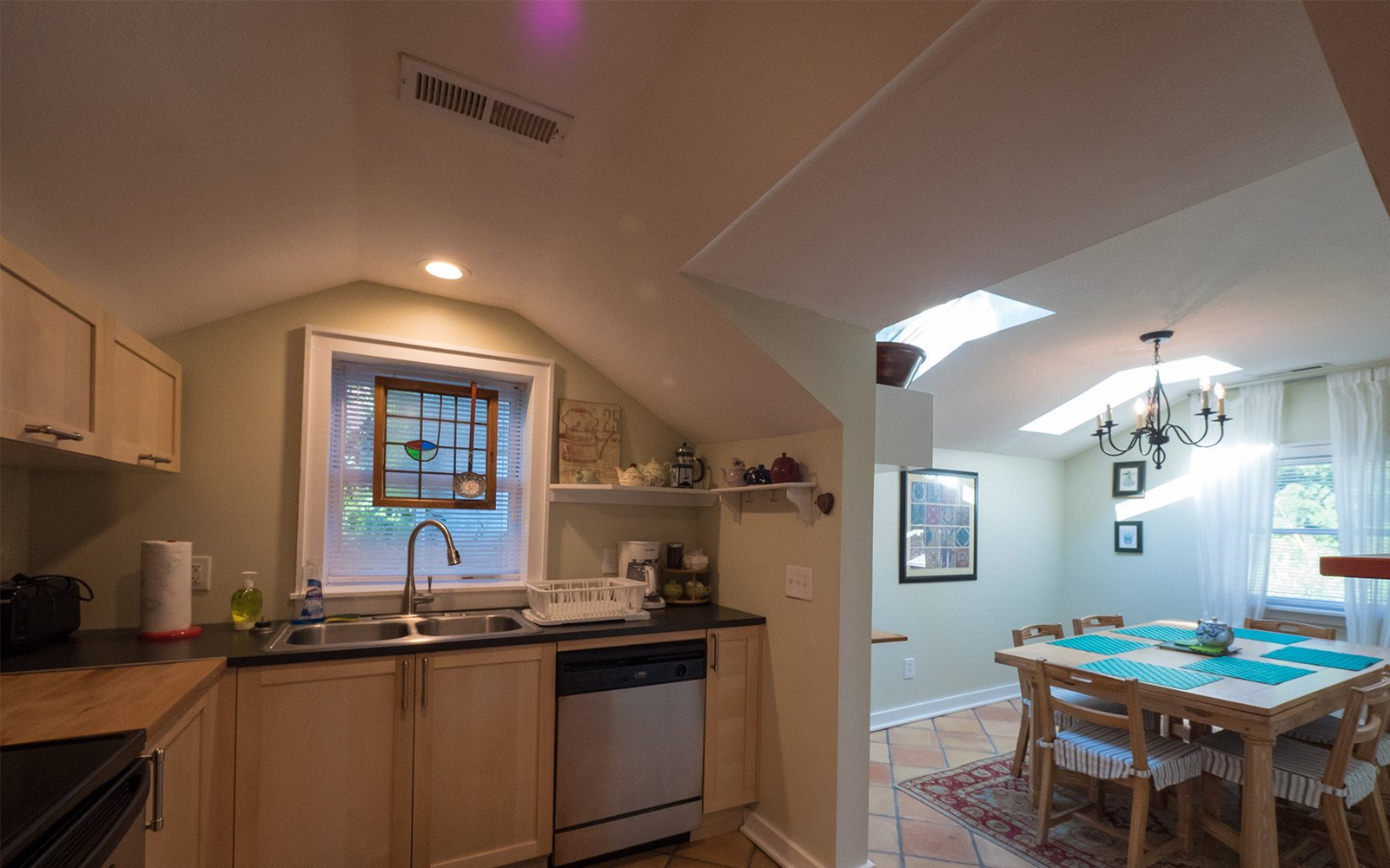 Bungalow-kitchen-and-dining-room