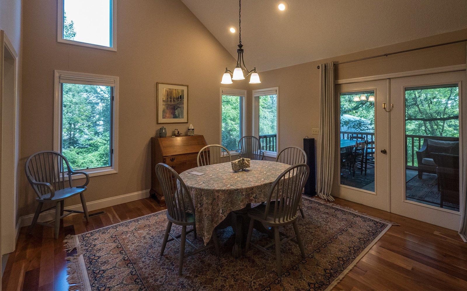 Hilt-Street-house-dining-room
